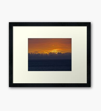 Clouds are coming - Vienen Nubes Framed Print