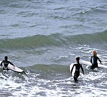 About to surf by pilsetnieks
