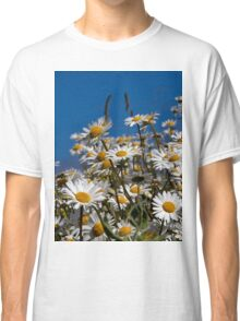 Blue sky and daisies Classic T-Shirt