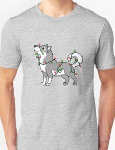 Gray Alaskan Malamute with Red & Green Christmas Lights T-Shirt