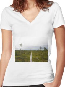 Store Mosse National Park Women's Fitted V-Neck T-Shirt