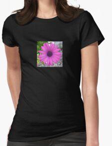 Violet Pink Osteospemum Flower Daisy T-Shirt