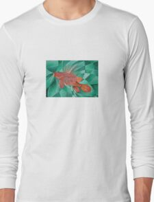 Lion Fish (Pterois) In Bubble Sea Long Sleeve T-Shirt