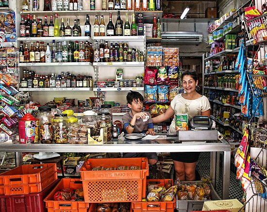Grocery shop in Valletta, Malta by Ellen van Deelen