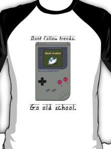 Old School Gameboy. T-Shirt