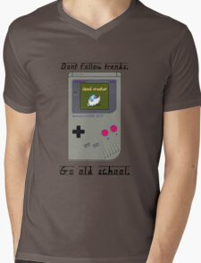 Old School Gameboy. Mens V-Neck T-Shirt