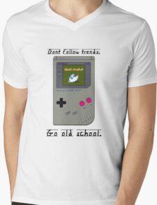 Old School Gameboy. Mens V-Neck T-Shirt