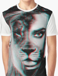 Cara Lion Graphic T-Shirt