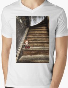 TRASH DOLL Mens V-Neck T-Shirt