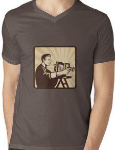 Photographer Shooting Vintage Camera Retro Mens V-Neck T-Shirt