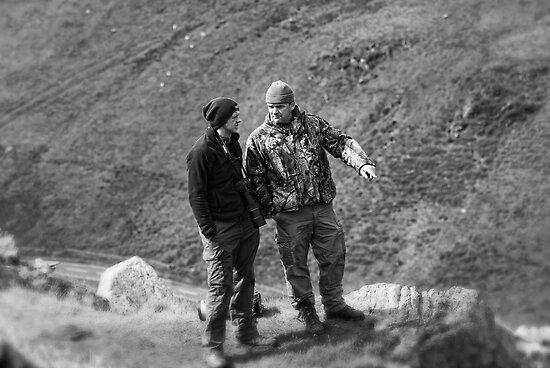 Photographers talking by Matt Sillence
