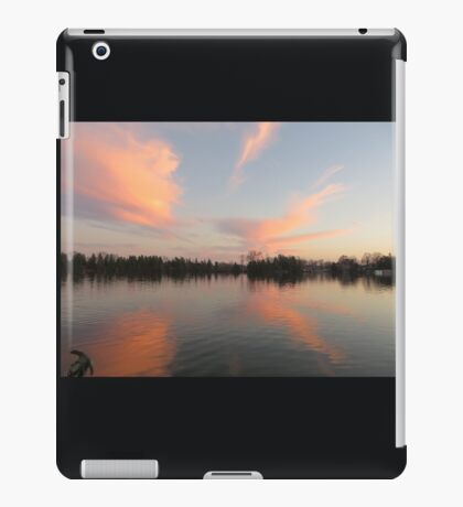 Anchor Cannon vs. Cloud Monster iPad Case/Skin