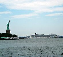 Norweigan Cruise Liner in the Hudson Passes Lady Liberty by Jane Neill-Hancock