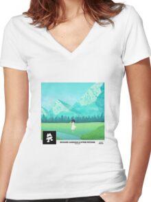 Richard Caddock & Hyper Potions - Distance Women's Fitted V-Neck T-Shirt