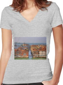 Ponte Picolo Women's Fitted V-Neck T-Shirt