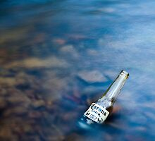 Corona in a creek by Ruben D. Mascaro