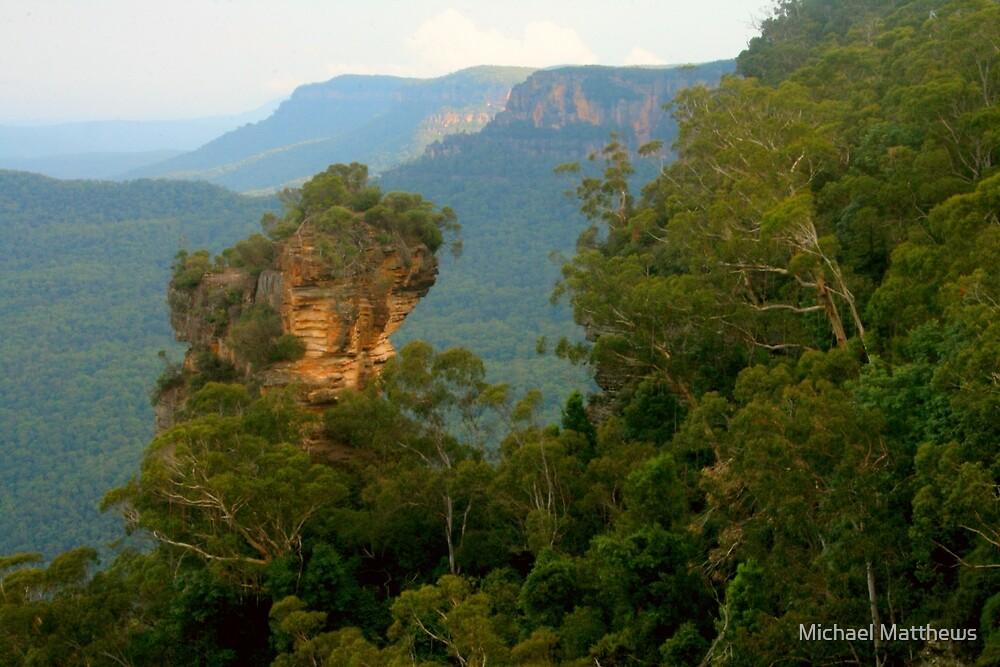 Orphan Rock at Katoomba by Michael Matthews