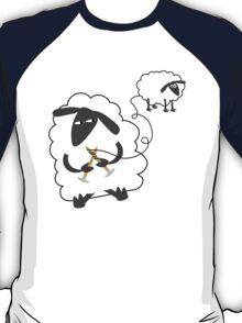 Funny sheep knitting stealing wool yarn T-Shirt