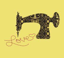 Love stitching antique sewing machine Kids Tee
