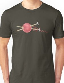 Pink ball of yarn with knitting needles Unisex T-Shirt