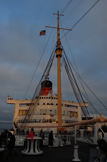 Fourth of July on the Queen Mary by lisa roberts