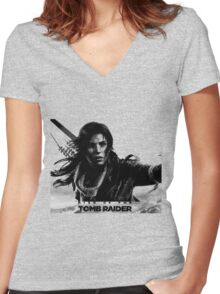 Rise of the Tomb Raider Women's Fitted V-Neck T-Shirt