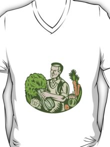 Organic Farmer Green Grocer With Vegetables Retro T-Shirt