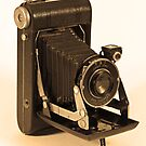 Kodak Vigilant Junior Six-20 by Otto Danby II