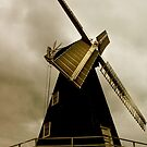 Drapers Mill by Catherine Hamilton-Veal  ©