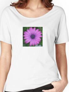 Purple African Daisy with Raindrops Women's Relaxed Fit T-Shirt