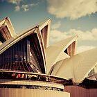 Sydney Opera House by cyasick