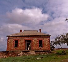 Barrier Highway Homestead II by pablosvista2