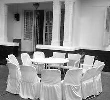 chair by bayu harsa