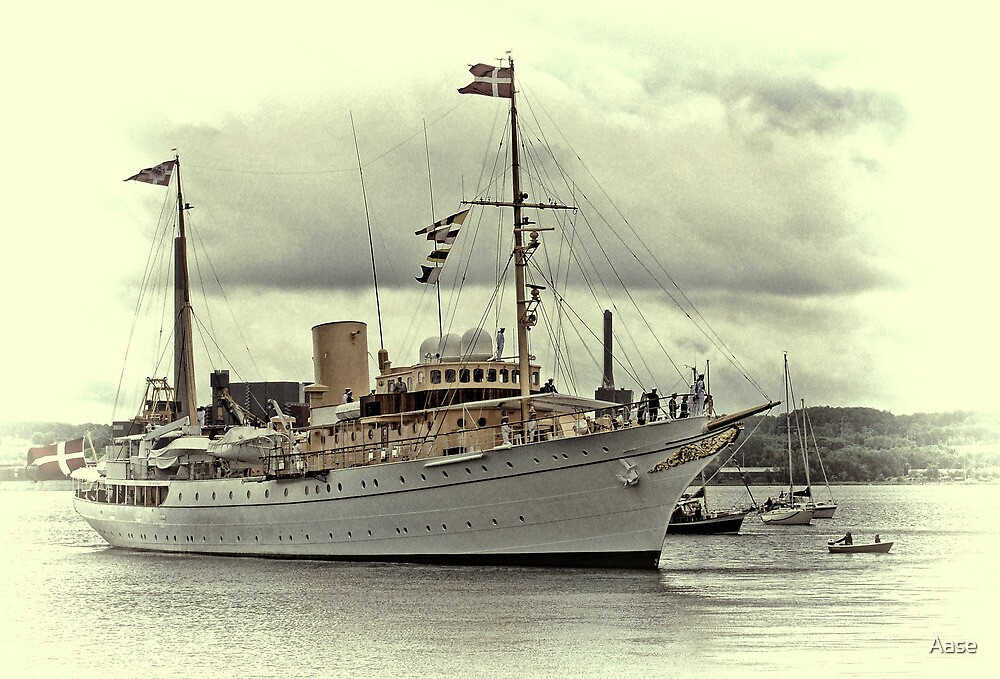 The Royal Yacht Dannebrog by Aase