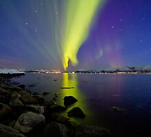 Aurora Borealis at the beach II by Frank Olsen