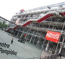 Pompidou Centre, Paris by David Mapletoft