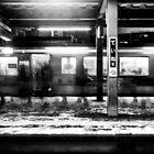 Platform - プラットホーム by sxhuang818