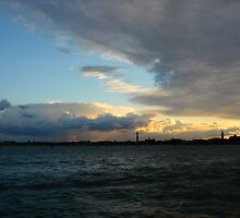 Sunset in Venice by jimmyzoo