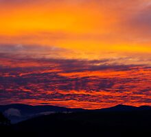 Sunset over Mt Field National Park by Traffordphotos