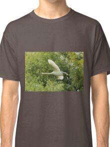 Swan flight Classic T-Shirt