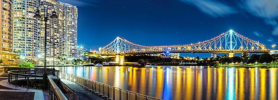 Story Bridge by Mark  Lucey