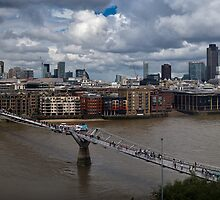 St Paul's and the City of London panorama by Gary Eason + Flight Artworks