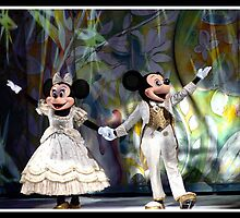 Disney on Ice 10 by Oscar Salinas