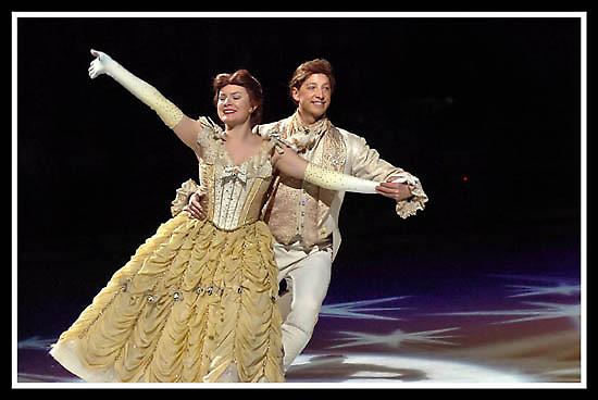 Disney on Ice 12 by Oscar Salinas