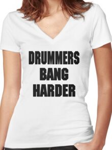 DRUMMERS BANG HARDER (DAVE GROHL, TAYLOR HAWKINS) Women's Fitted V-Neck T-Shirt