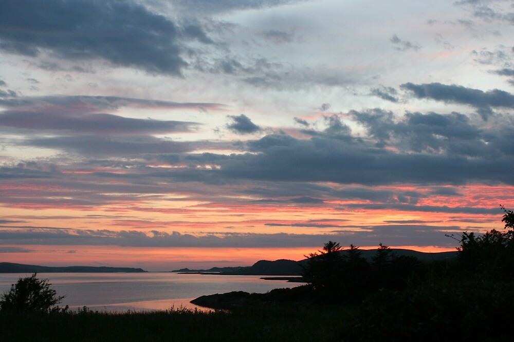 Sunset over Trawbreaga Bay by stephangus