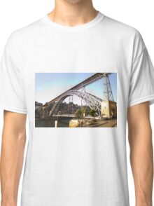 The metalic connection Classic T-Shirt