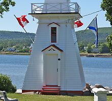 Annapolis Royal Lighthouse by David Davies
