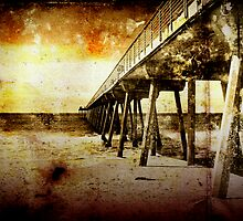 Pacific Pier by Phil Perkins