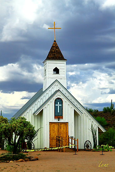 Elvis Chapel by George Lenz